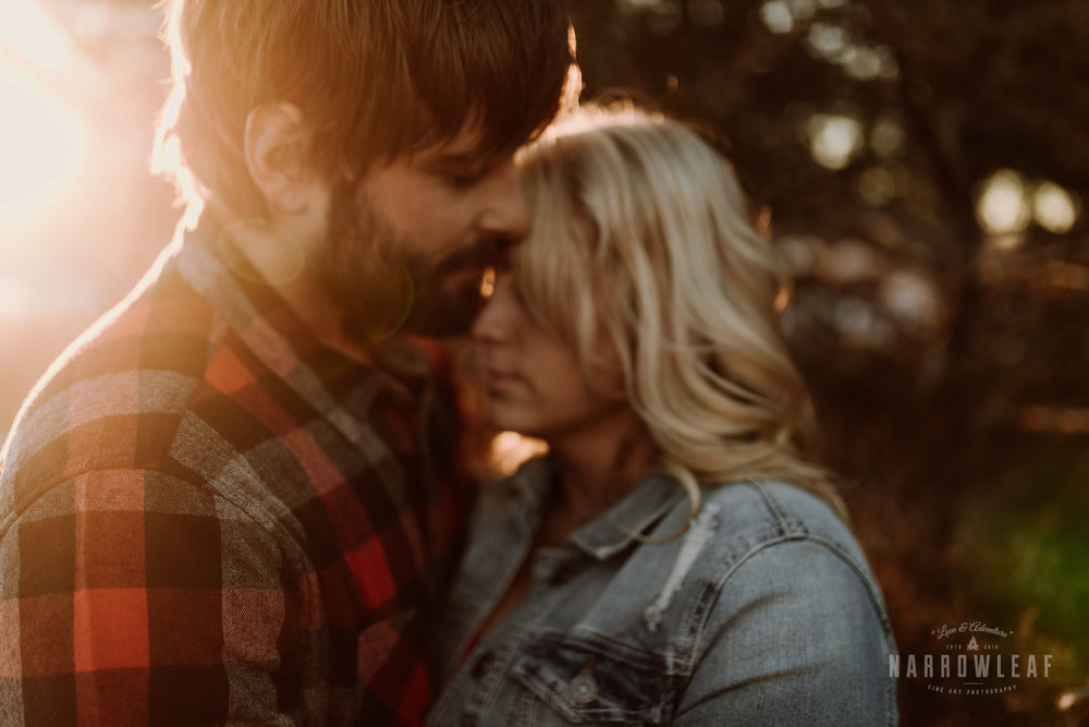 willow-falls-winter-engagement-photos-Narrowleaf_Love_and_Adventure_Photographer-296.jpg