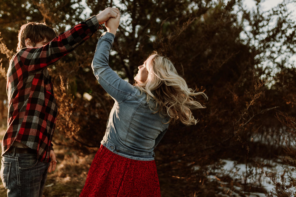 willow-falls-winter-engagement-photos-Narrowleaf_Love_and_Adventure_Photographer-305.jpg