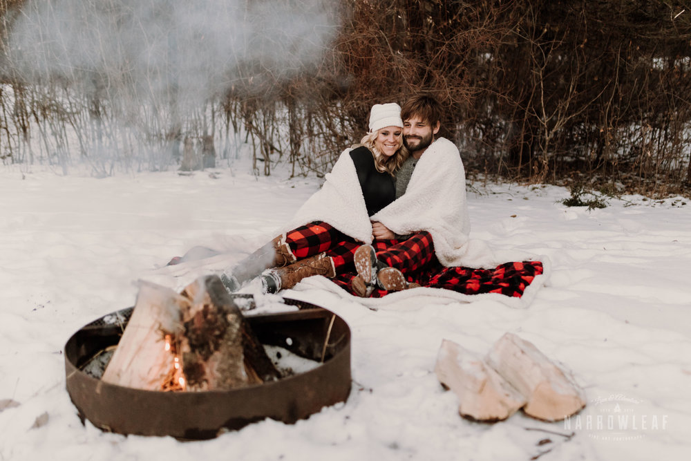 willow-falls-winter-engagement-photos-Narrowleaf_Love_and_Adventure_Photographer-370.jpg