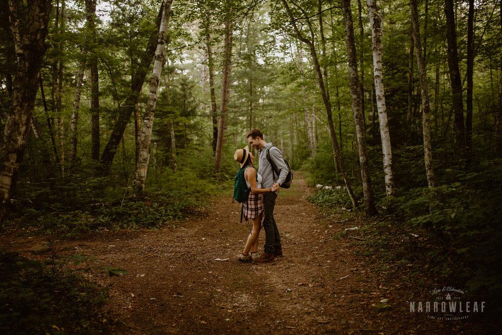 minnesota-hiking-engagement-photos-Narrowleaf_Love_and_Adventure_Photographer-9461.jpg