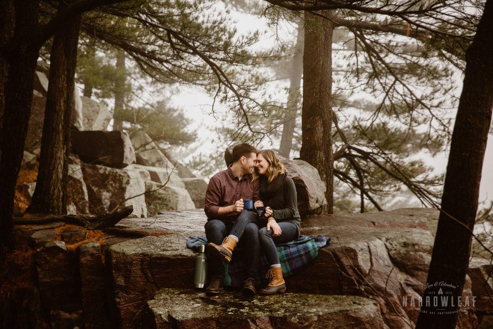 foggy-hiking-engagement-photos-Narrowleaf_Love_and_Adventure_Photographer-3086.jpg