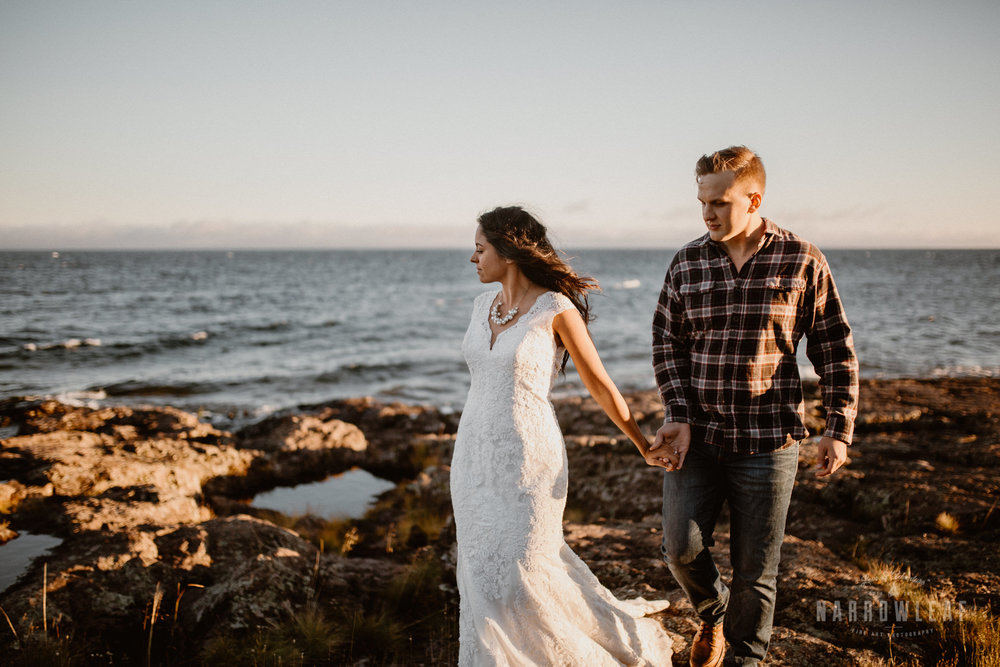 two-harbors-Elopement-photographer-Narrowleaf_Love_and_Adventure_Photography-1762.jpg