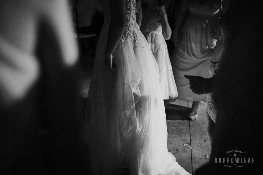 John-P-Furber-Farm-Minnesota-wedding-photographer-Narrowleaf_Love_and_Adventure_Photography-0317.jpg
