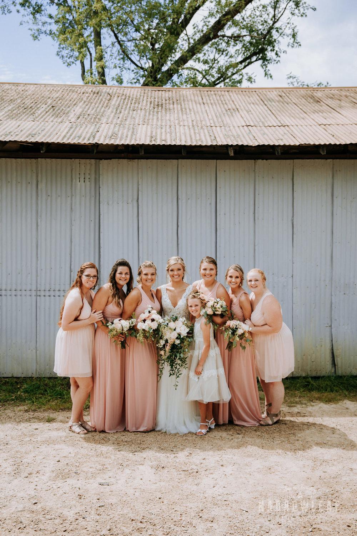 John-P-Furber-Farm-Minnesota-wedding-photographer-Narrowleaf_Love_and_Adventure_Photography-7438.jpg