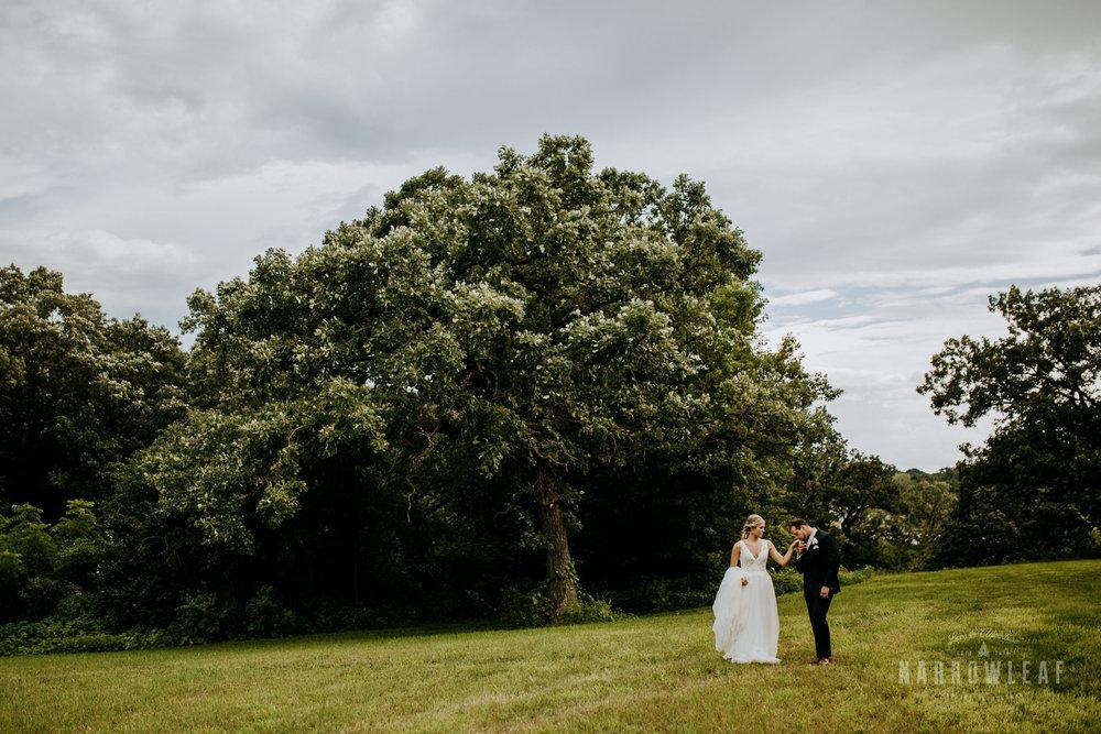 John-P-Furber-Farm-Minnesota-wedding-photographer-Narrowleaf_Love_and_Adventure_Photography-8800.jpg