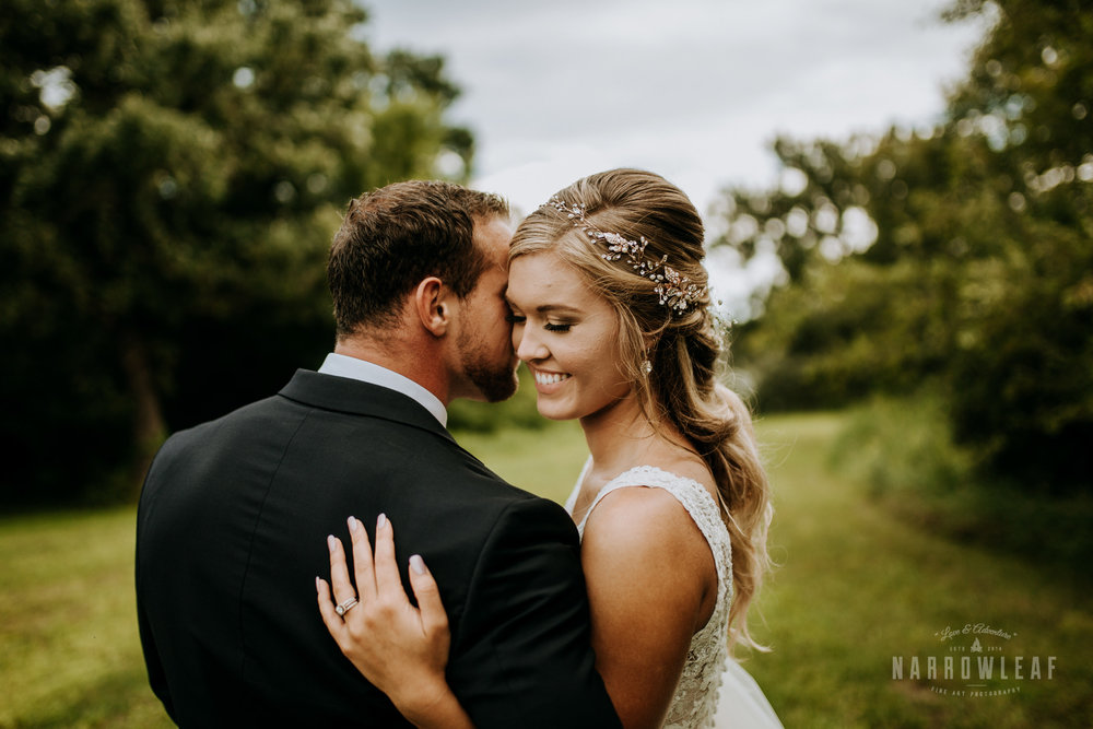 John-P-Furber-Farm-Minnesota-wedding-photographer-Narrowleaf_Love_and_Adventure_Photography-8843.jpg