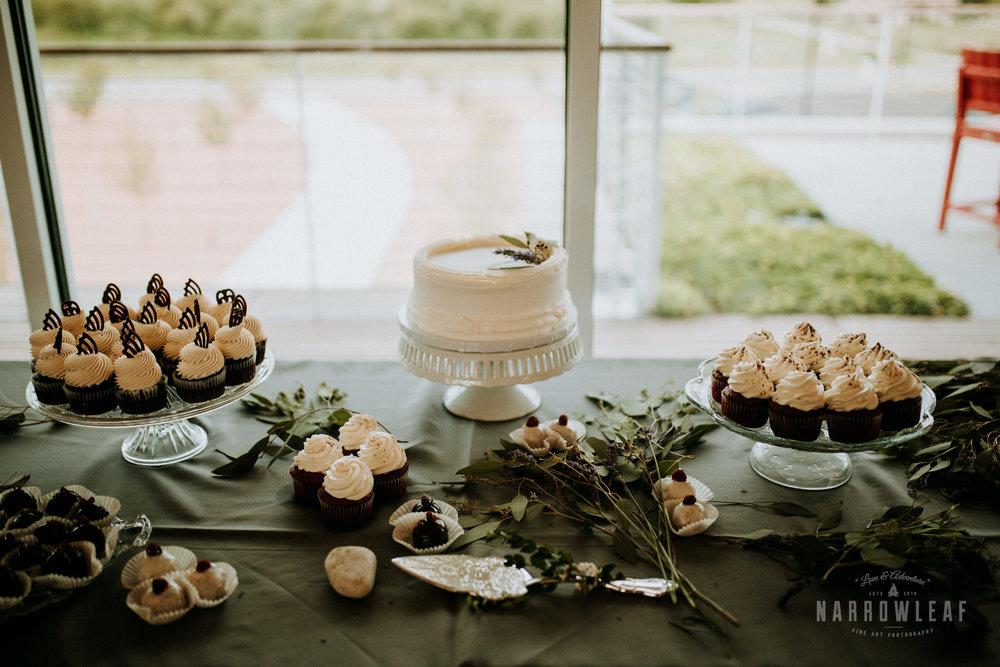 door-county-wedding-photographer-in-the-woods-Narrowleaf_Love_and_Adventure_Photography-9593.jpg