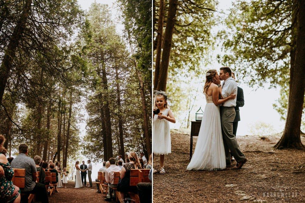 wisconsin-wedding-photographer-woodsy-narrowleaf-photography017-018.jpg