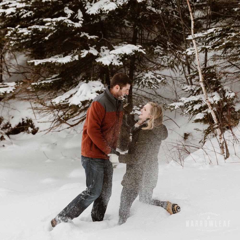 Two-Harbors-MN-winter-Engagement-photos-Narrowleaf_Love_and_Adventure_Photography-9154.jpg
