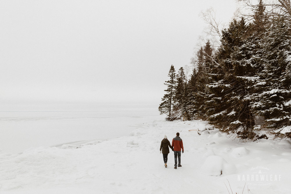 North-Shore-Minnesota-winter-Engagement-photos-Narrowleaf-Adventure-Photography-9021.jpg