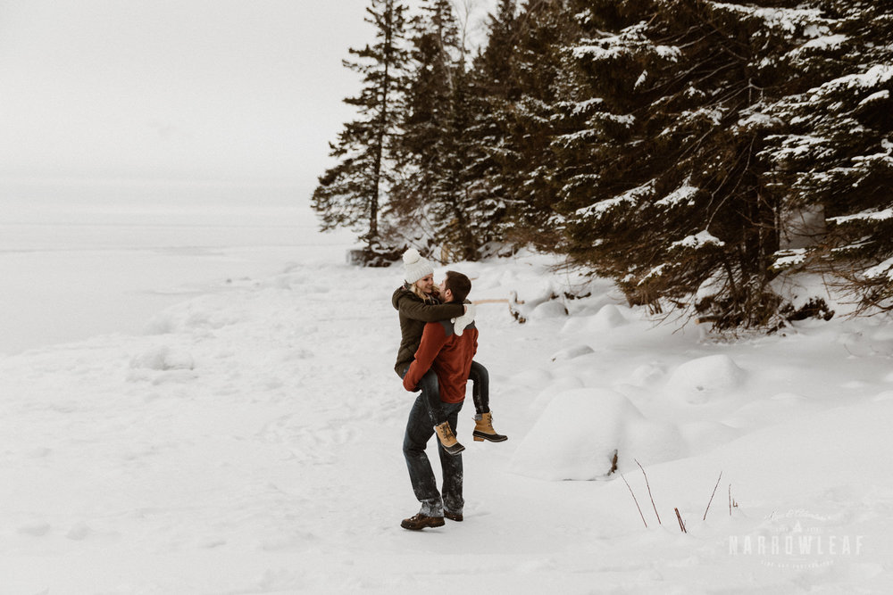 North-Shore-Minnesota-winter-Engagement-photos-Narrowleaf-Adventure-Photography-9086.jpg