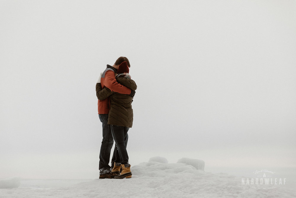 North-Shore-Minnesota-winter-Engagement-photos-Narrowleaf-Adventure-Photography-9778.jpg
