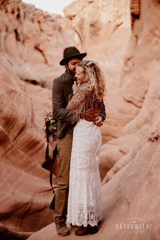 boho-adventure-elopement-photography-in-Page-Arizona.jpg