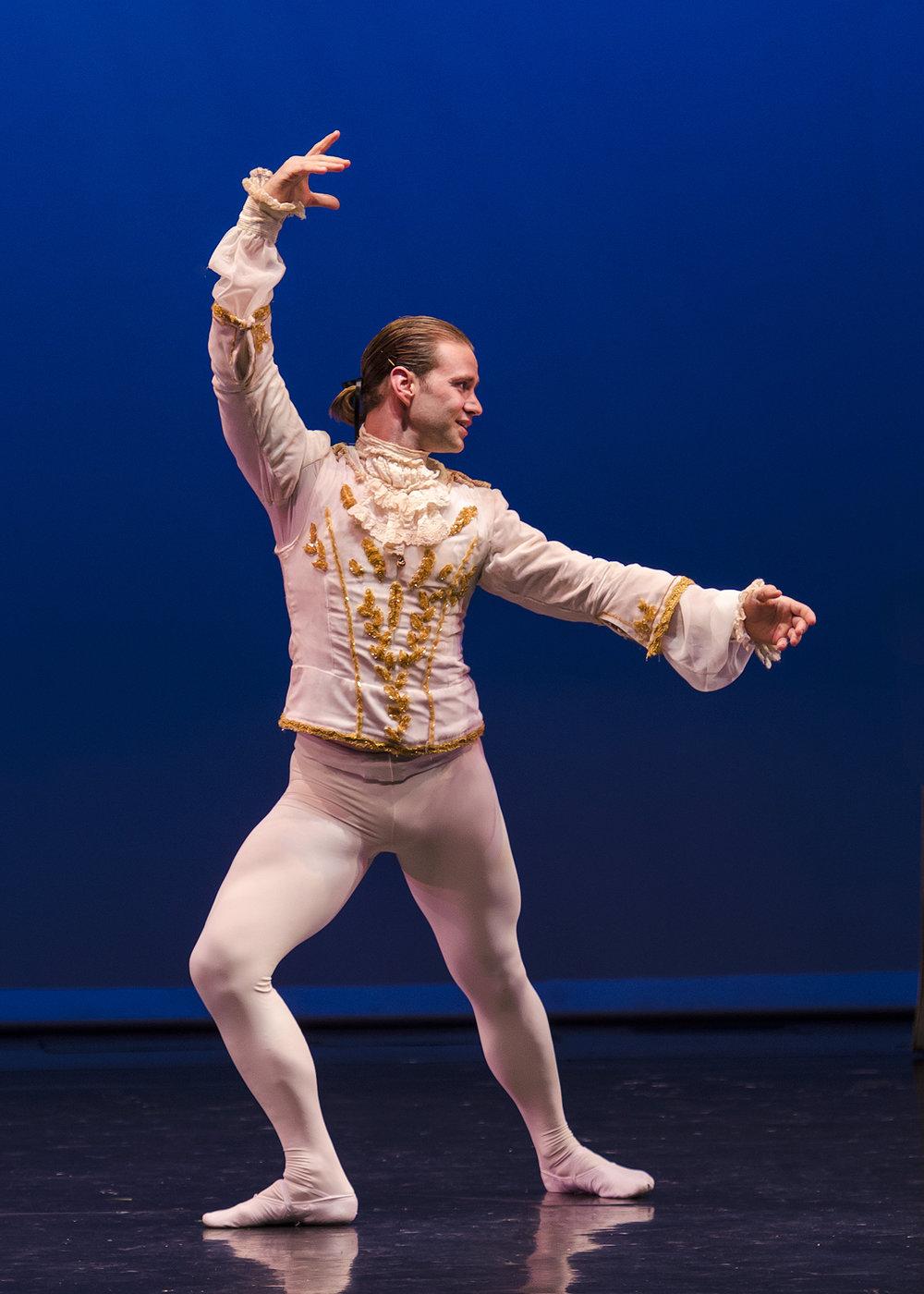 Dancer: Thomas Gant, Jr.