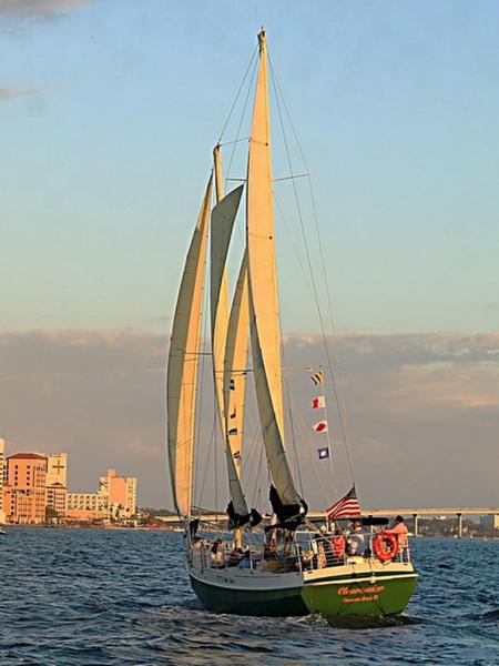 Clearwater-sailing-beach-trips.jpg