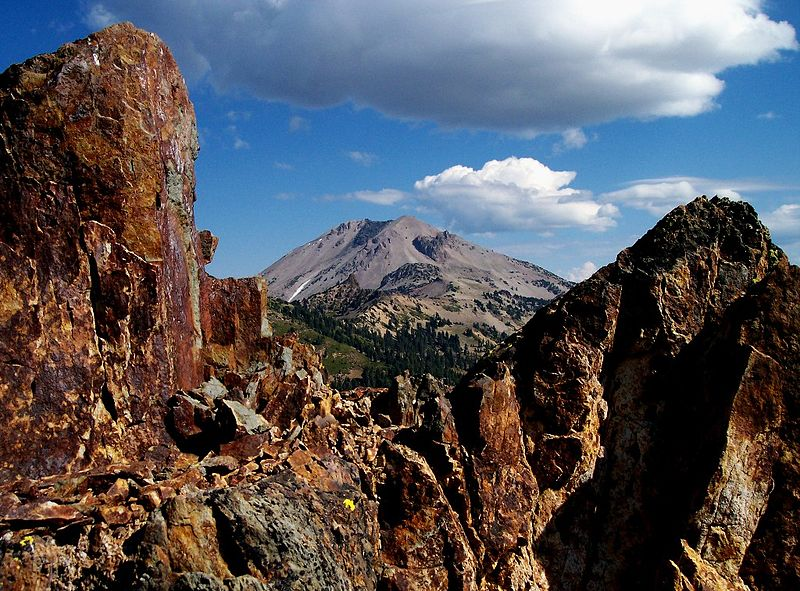 #8 Kohm Yah-mah-nee (Lassen Peak - Elevation: 10,457ft / 3,187mLocation: CaliforniaCoordinates: 40°29′17″N 121°30′18″WLast Eruption: 1914 to 1917