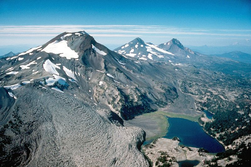 #10 South Sister - Elevation: 10,358ft / 3,157mLocation: OregonCoordinates: 44°06′12″N 121°46′09″WLast Eruption: 50 BC