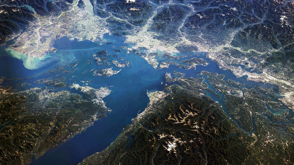 The Salish Sea joins together more than 7 million inhabitants, which work together on a wide range of issues - irregardless and irrespective of national border.