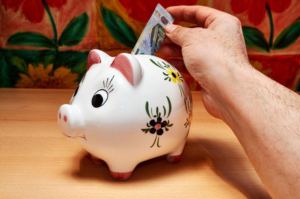 savings-3228759_1920.jpg