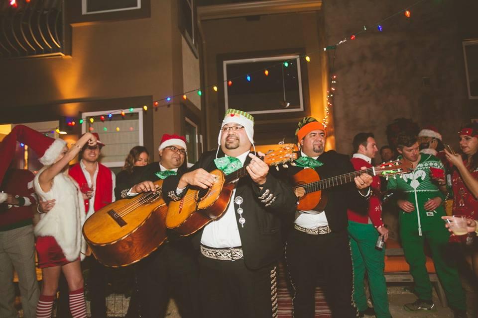 bad-santa-mariachi.jpg