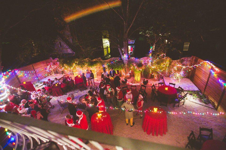 bad-santa-backyard-2.jpg