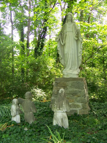 Fatima grotto in summer and spring.jpg