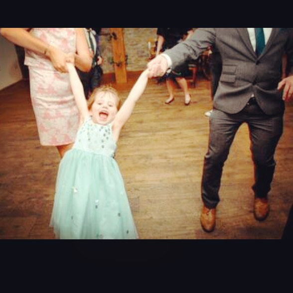 #flowergirl #dancing #wedding #ireland