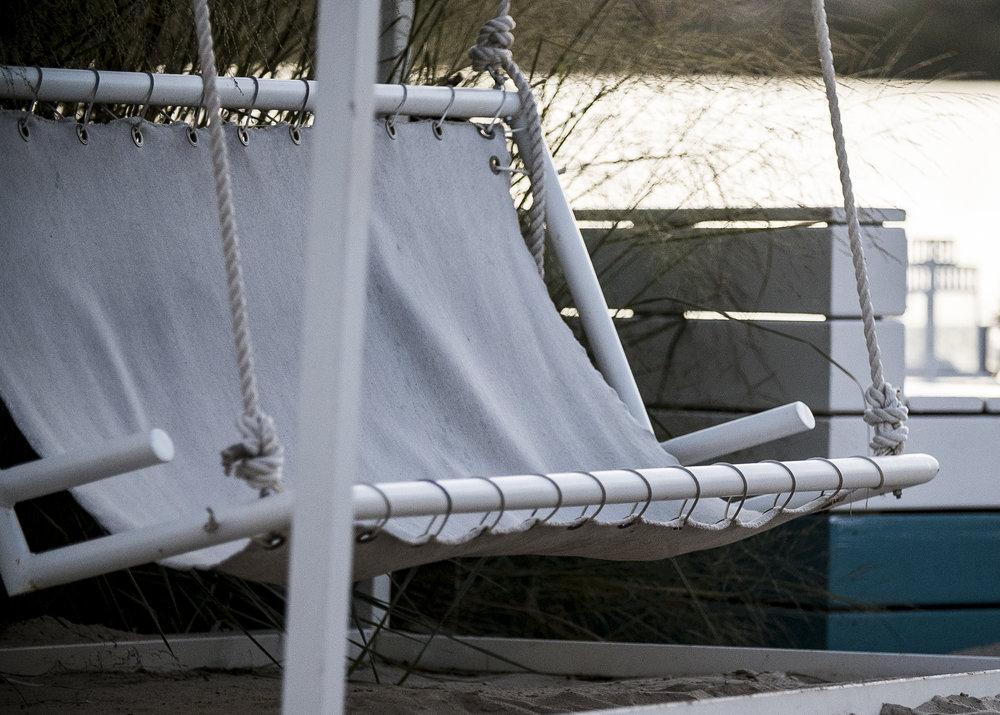 Swing Chair 8.jpg