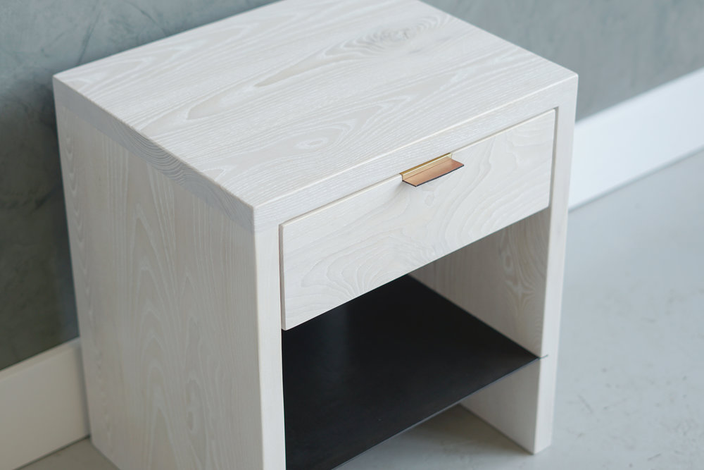 NTW SIDE TABLE