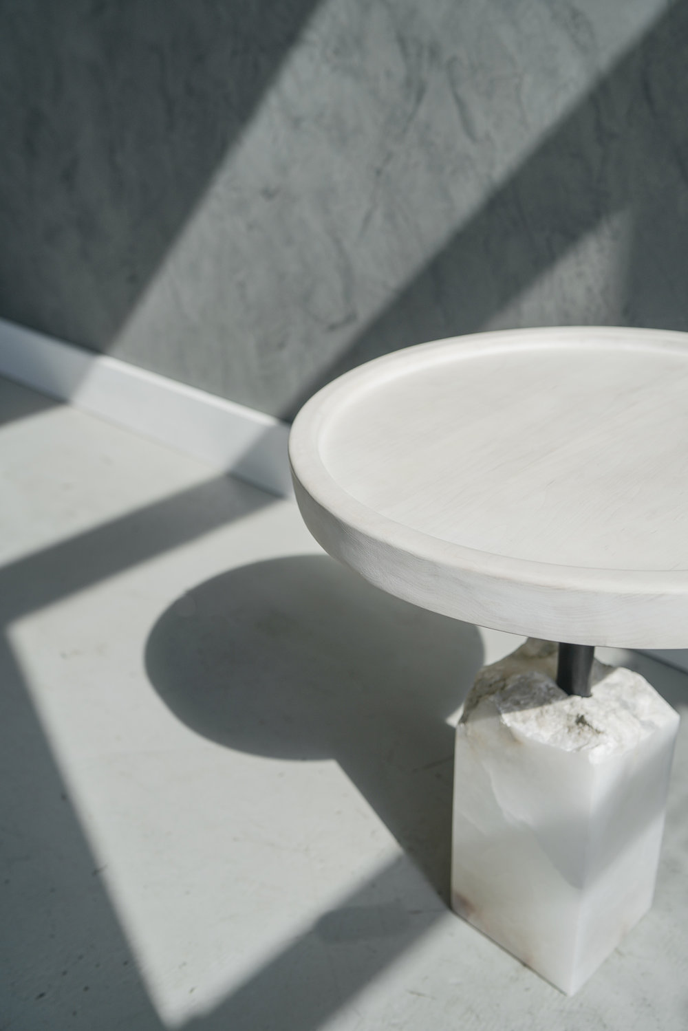 BAST SIDE TABLE