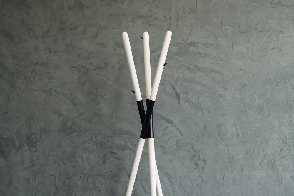 HASHI COAT RACK