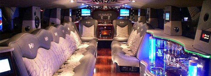 Interior_Upholstery_of_10_Passenger_Lincoln_Town_C.jpg