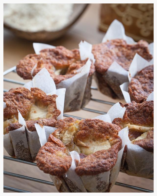 20121111_coconut_flour_muffins_00092.jpg