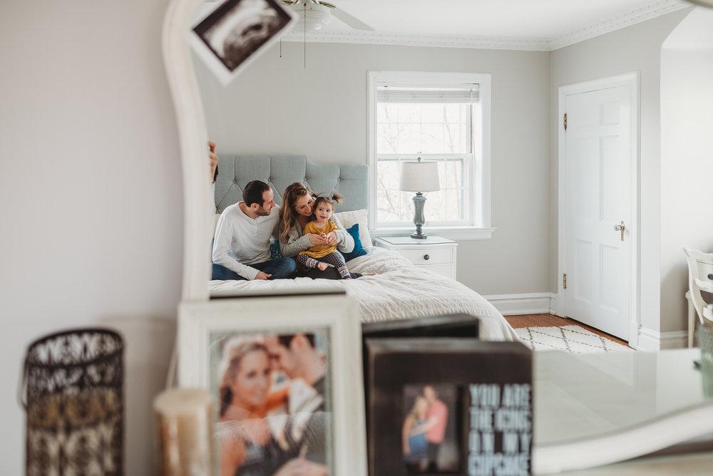 family in mirror { St. Louis portrait photographer}