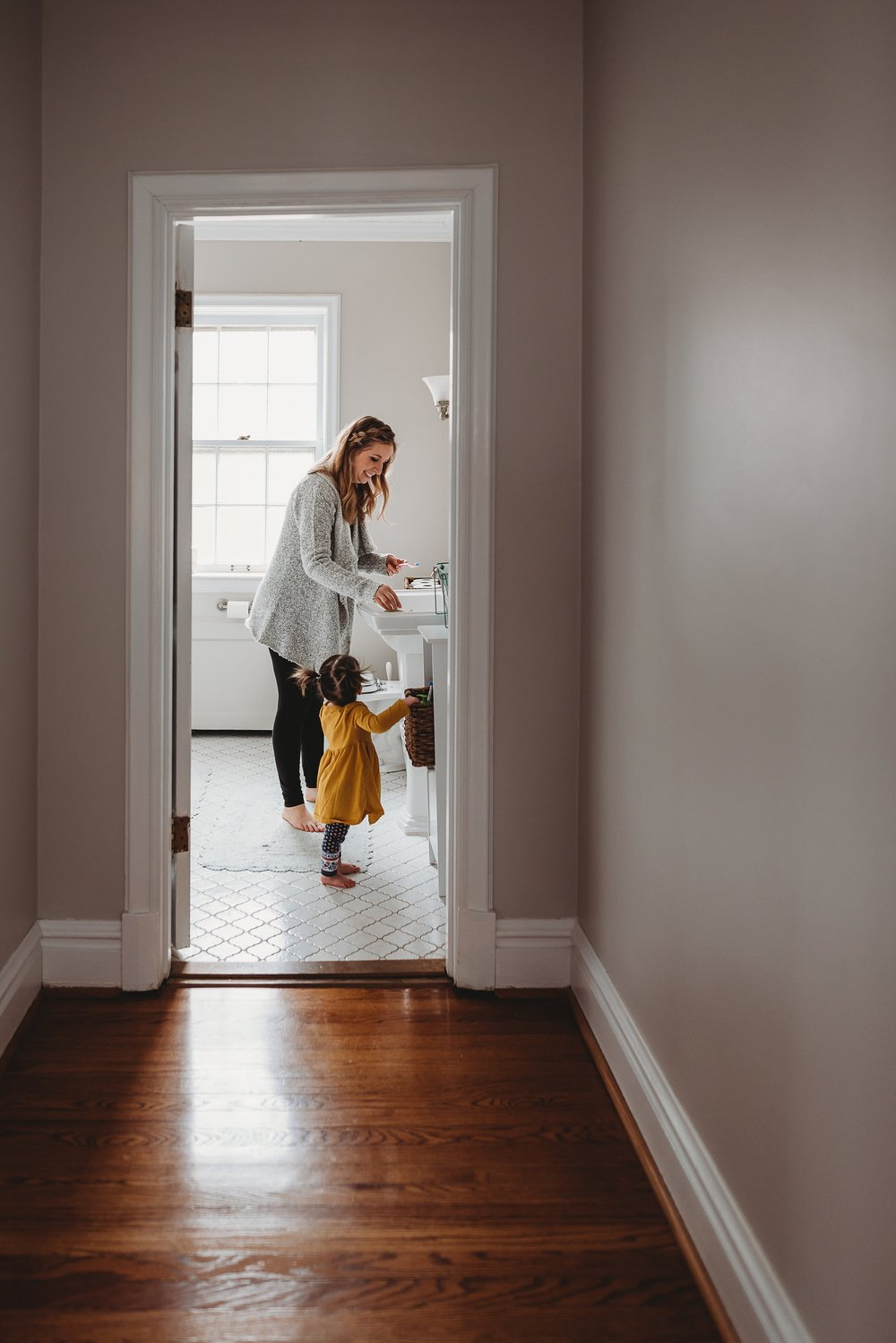 mom in bathroom {St louis family photography}