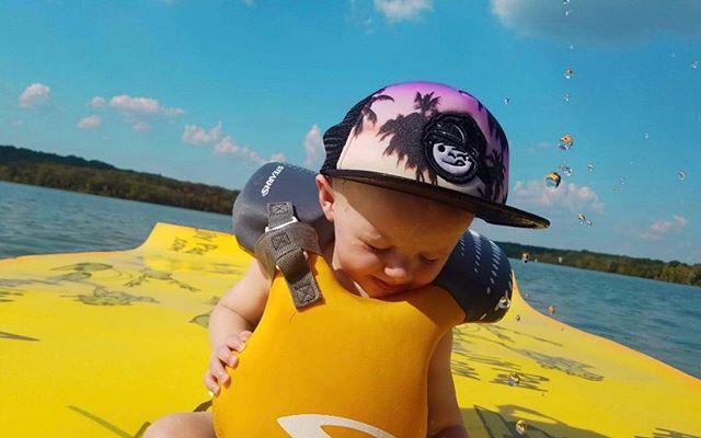 We've got a big 10 month old on our hands. I can't believe it. This little guy makes life SO MUCH FUN. 💙 • • • • • #babyboy #babyowen #10monthsold #boymom #lakebum #lakelife #lilypad #surferdude #waterboy #onaboat #percypriestlake #percypriest