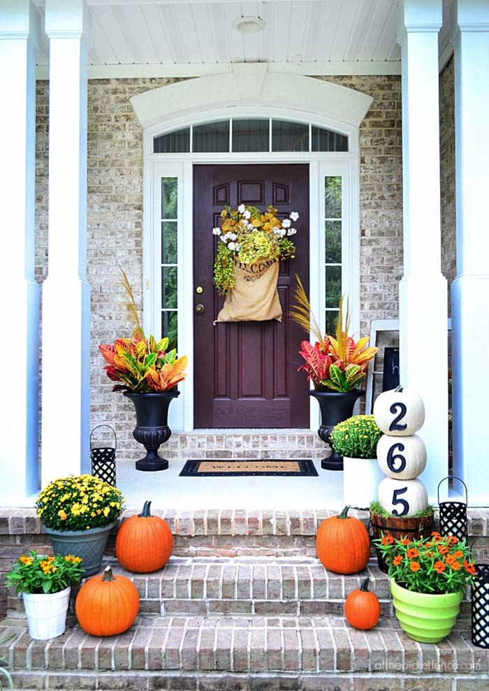 Fall-Outdoor-Decorating-Ideas-17-1-Kindesign.jpg