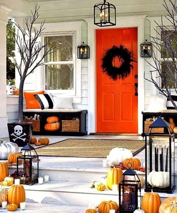 Outdoor-Halloween-Decorating-Ideas-20-1-Kindesign.jpg