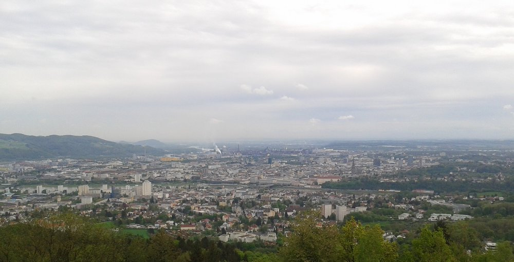 Linz from above from the Pöstlingberg