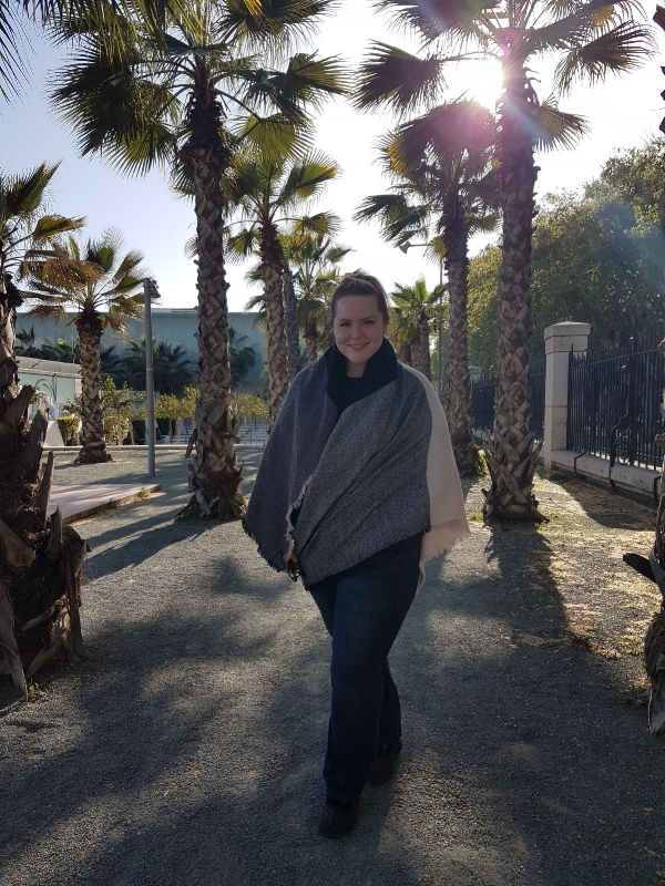 Taking a stroll down the palm tree path in Málaga, Spain.