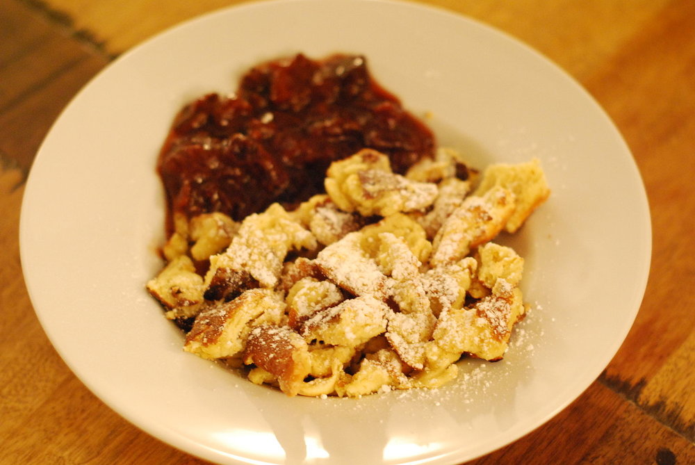 Kaiserschmarrn with stewed plums; By Martina.malzer, from Wikimedia Commons
