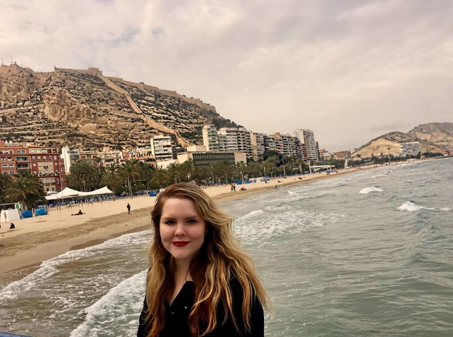 An edited and Instagram-ready photo of me in Alicante.