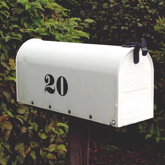 mailbox-959299_960_720.jpg