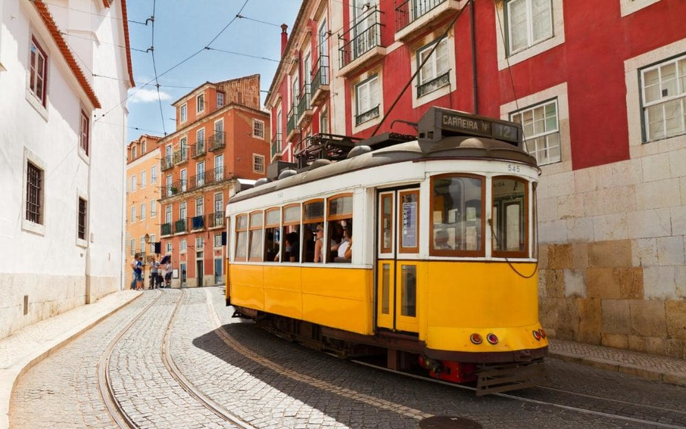 Lisbon---Getting there---tram 12-xlarge.jpg
