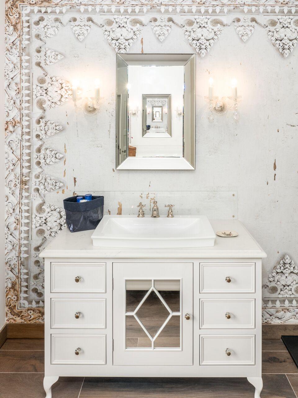 mainbathroom-5.jpg
