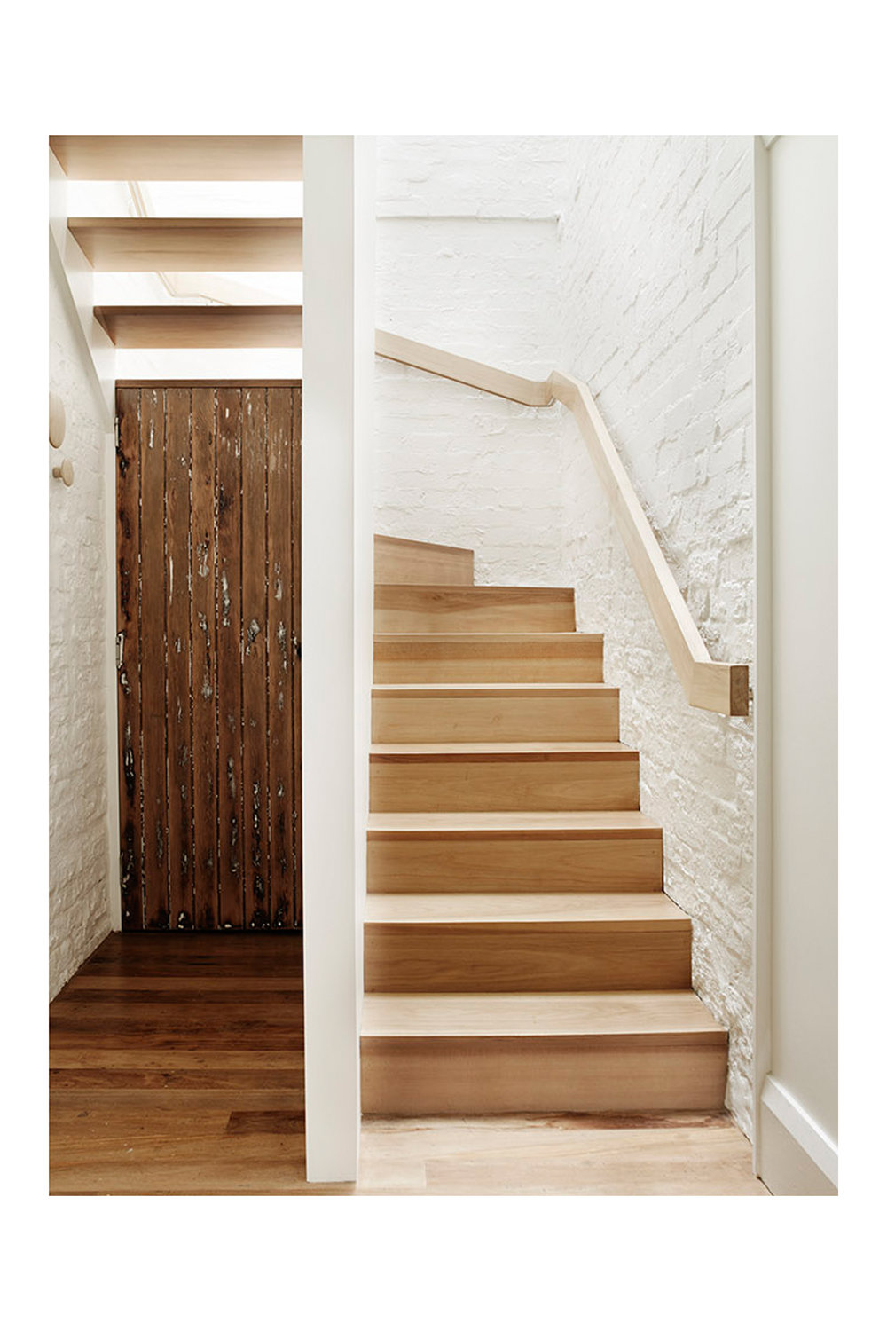 """The stair is our favourite element, especially the illuminated handrail"" - – Emma and Bruce, Clients"
