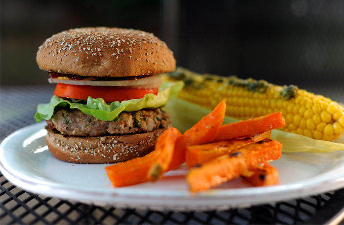 Turkey Burgers on stylingmyeveryday.com