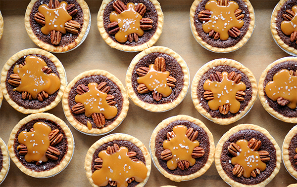 Mini Salted Caramel Fudge Pies-7976