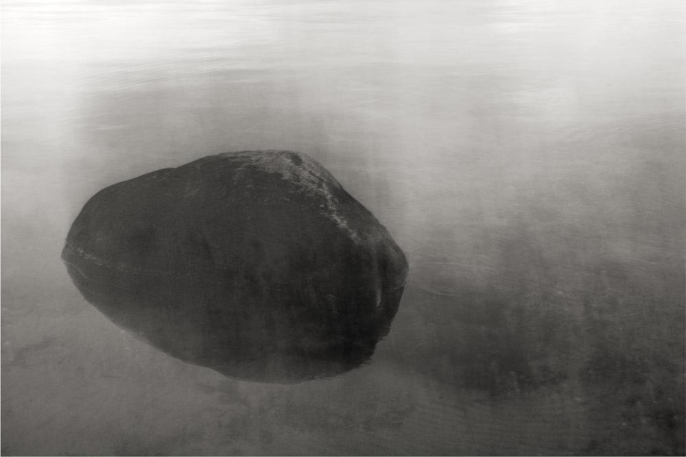 - 2014, Svart sten, Fine art print, Edition 6 + 1 AP