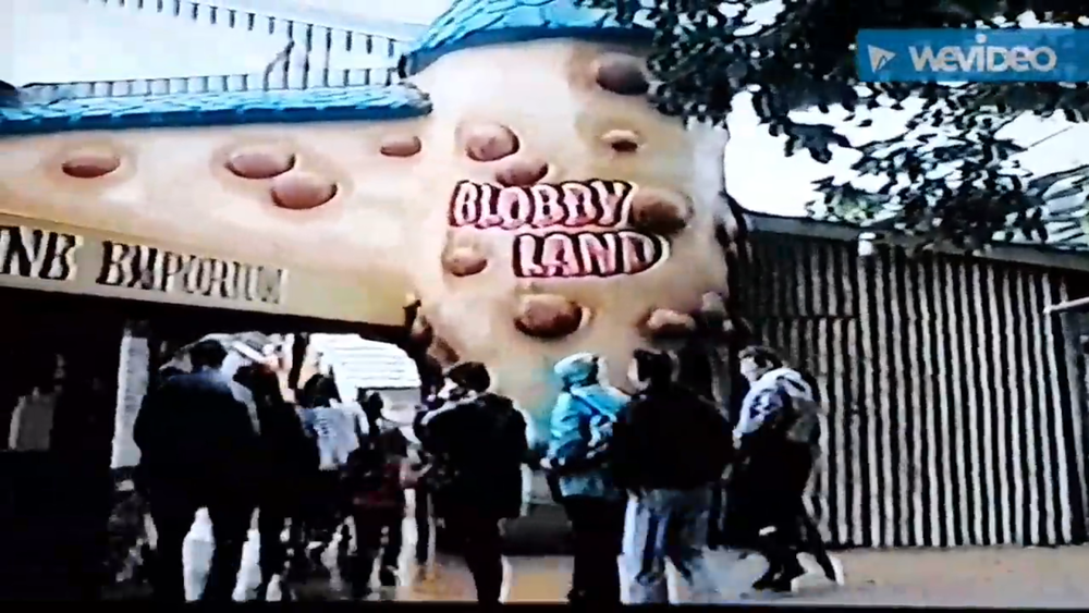 Blobbyland Entrance.png